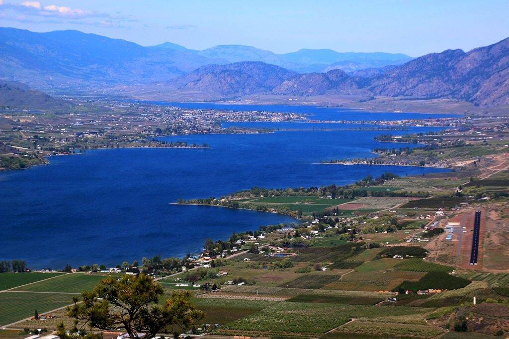 View of Osoyoos Lake looking north from Oroville, WA. Photo courtesy Neil Bousquet/Osoyoos Lake Water Quality Society)
